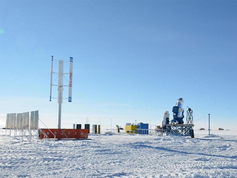 安装在南极1kw垂直轴风力发电机给科考队供电